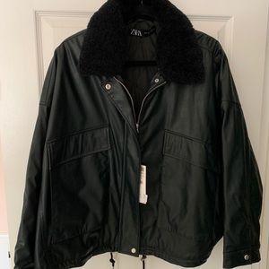Zara faux leather black/green jacket 🖤 NWT